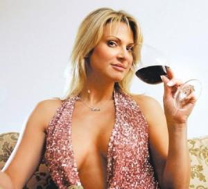 Savanna Samson(winemaker/ex porn star) who adores wine critic Robert Parker